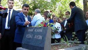Demirtaş Vedat Aydının mezarını ziyaret etti
