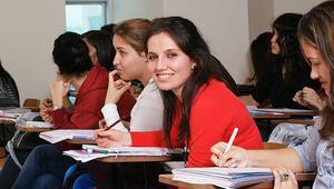 1 milyon 452 bin öğrenciye kredi ve burs