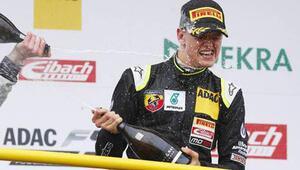 Schumacherin oğlundan ilk zafer