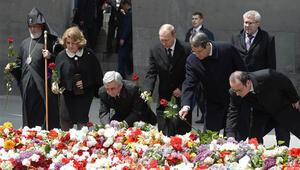 1915 Olaylarında hayatını kaybedenler için Erivanda tören düzenlendi
