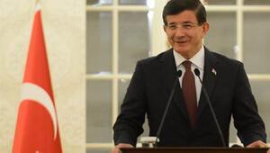 Başbakan Ahmet Davutoğlu: PKKya yürüttüğümüz operasyonlar Kürtlere yönelik değildir