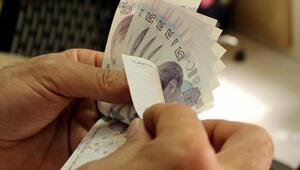 Yüzlerce emeklinin maaşına 'çete' sızdı, adlarına kredi çekti