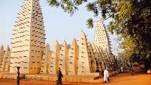 Burkina Faso bir müzik ülkesi her kahvehane konser salonu