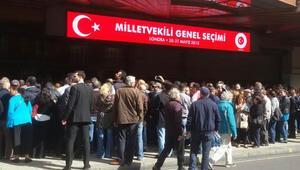 İngiltere Türkleri sandığa gidiyor