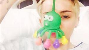 Miley Cyrus hastaneye kaldırıldı