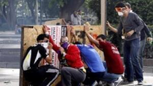 Ankara ve İzmir yine karıştı