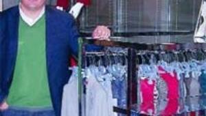 Bayan giyiminde markalaşarak atölyeden mağazalar zincirine