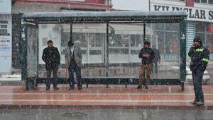 Meteorolojiden birçok bölge için kar, yağmur, fırtına ve don uyarısı