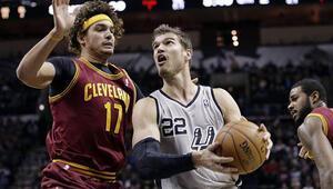 Trail Blazers ve Spurs seriye bağladı