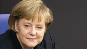 OECD: Euro Bölgesi dağılırsa dünya derin depresyona girer