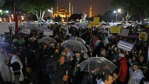 Mısırdaki idam kararına kefenli protesto