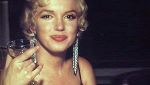 Marilyn Monroenun imitasyon küpesine 185 bin dolar
