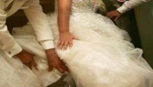 Kazada bacağı kopan şarkıcı evlendi