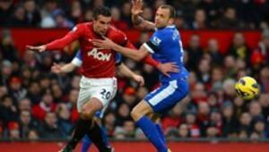 Giggs ve Van Persie Evertonu yıktı