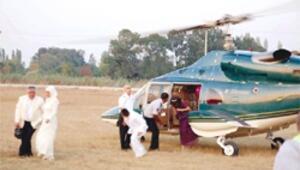Sünnet için helikopter ve stadyum kiraladı