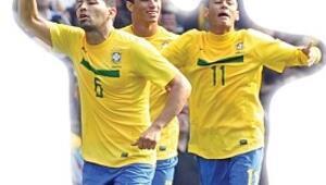 Asist Santos'tan goller Neymar'dan