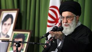 İran dini lideri Hamaney Instagram'ın açığını buldu