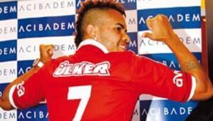 Brezilyalı Dentinho doğru karar
