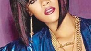 Yeni gözdesi Rihanna