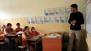 Öğretmenlere il içi yer değiştirme duyurusu