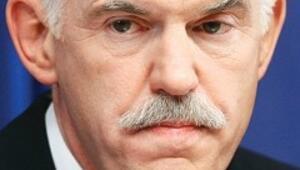 Papandreu: Avrupa Birliği Yunanistan'ı kobay yaptı