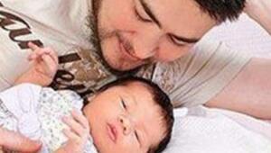 Erkek anne ve bebeği