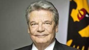 Gauck'a şüpheli paket