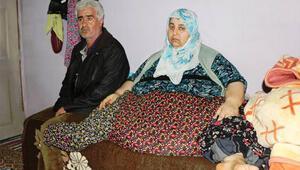 250 kiloylayataktan kalkamayan kadın, gözyaşlarıyla yardım istedi