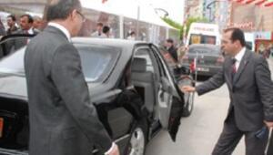 Bakan Dinçerden protokol müdürüne tepki
