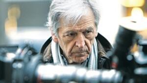 Costa-Gavras 80 yaşında ipliğimizi pazara çıkarmaya devam ediyor