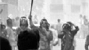 Fresh violence in Iran after warning