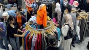 Çarşı pazarda bayram hareketliliği