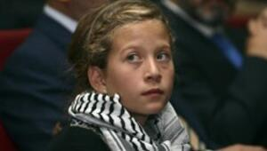 İsrail askerlerine kafa tutan Filistinli kıza İstanbulda ödül