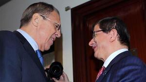 Davutoğlu, İtalyada Lavrovla görüştü