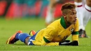 Neymar kendini yere atmaz