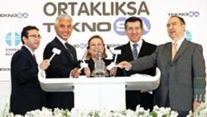 2 bin 892 yeni yatırımcı Teknosa ile borsaya geldi