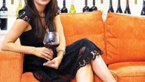 Şarap romantik ortamın zevk katsayısını artırır