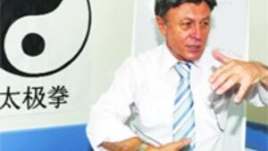 Çince profesöründen Konfüçyüs Merkezi