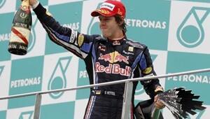 Formula 1de Red Bull duble yaptı