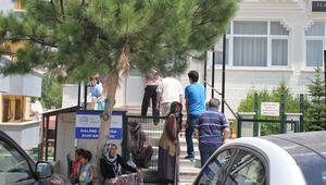 Mülteciler cami nöbetinde