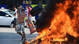 Taksiciler Parisi yaktı