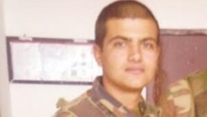Erdoğanın kardeşi ölen askerin cenazesinde