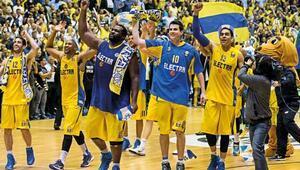 Euroleagude Maccabi turladı
