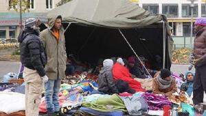 Münihte polis, mültecilerin açlık grevini sona erdirdi