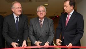 Yeni ofise büyükelçili açılış