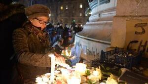 Paristeki saldırıya tepkiler devam ediyor