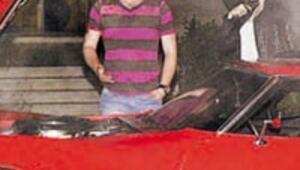 Kıvançın 40 bin dolarlık arabası yandı