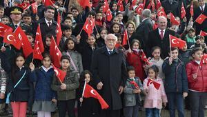 Devlet büyüklerinden 23 Nisan kutlamaları