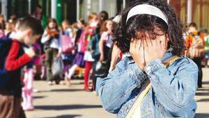 """Uzmanlardan """"okul korkusu"""" uyarısı"""