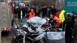 Bayram tatilinde 113 kişi trafik kazasında öldü